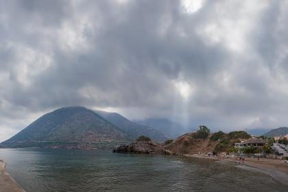 Бали. Пляж Варкотопос. Крит.