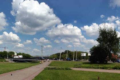 Панорама. Минск. Набережная реки Свислочь. Троицкое предместье.